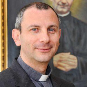 總秘書長:Fr Stefano Vanoli